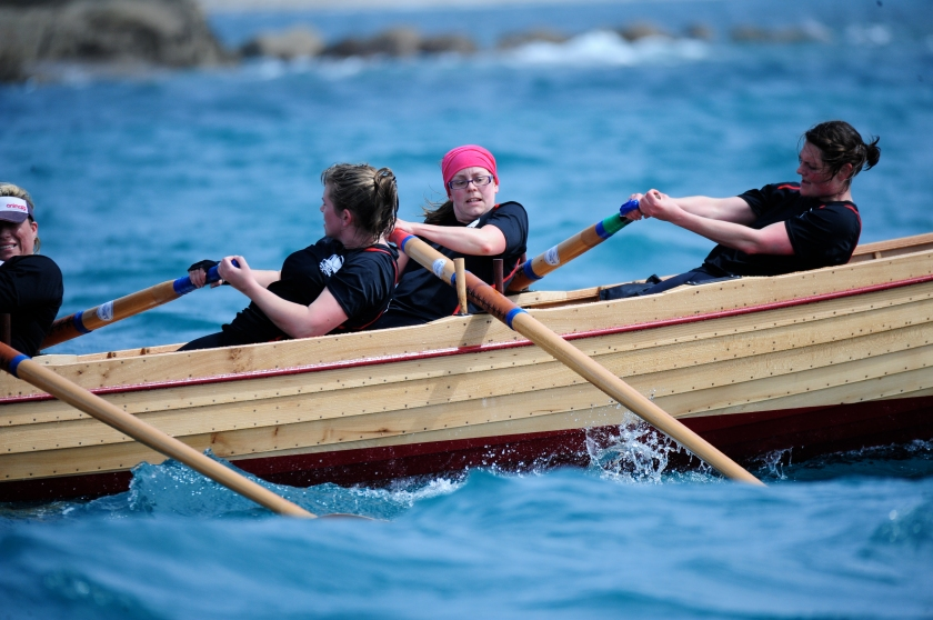Active Women rowing