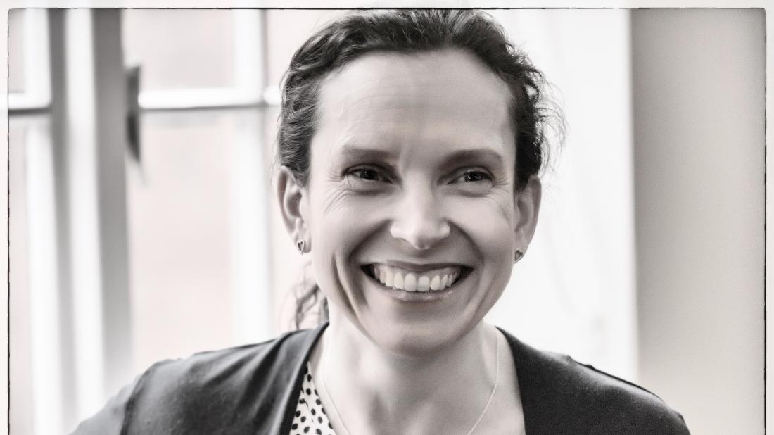 Dr Juliet McGrattan